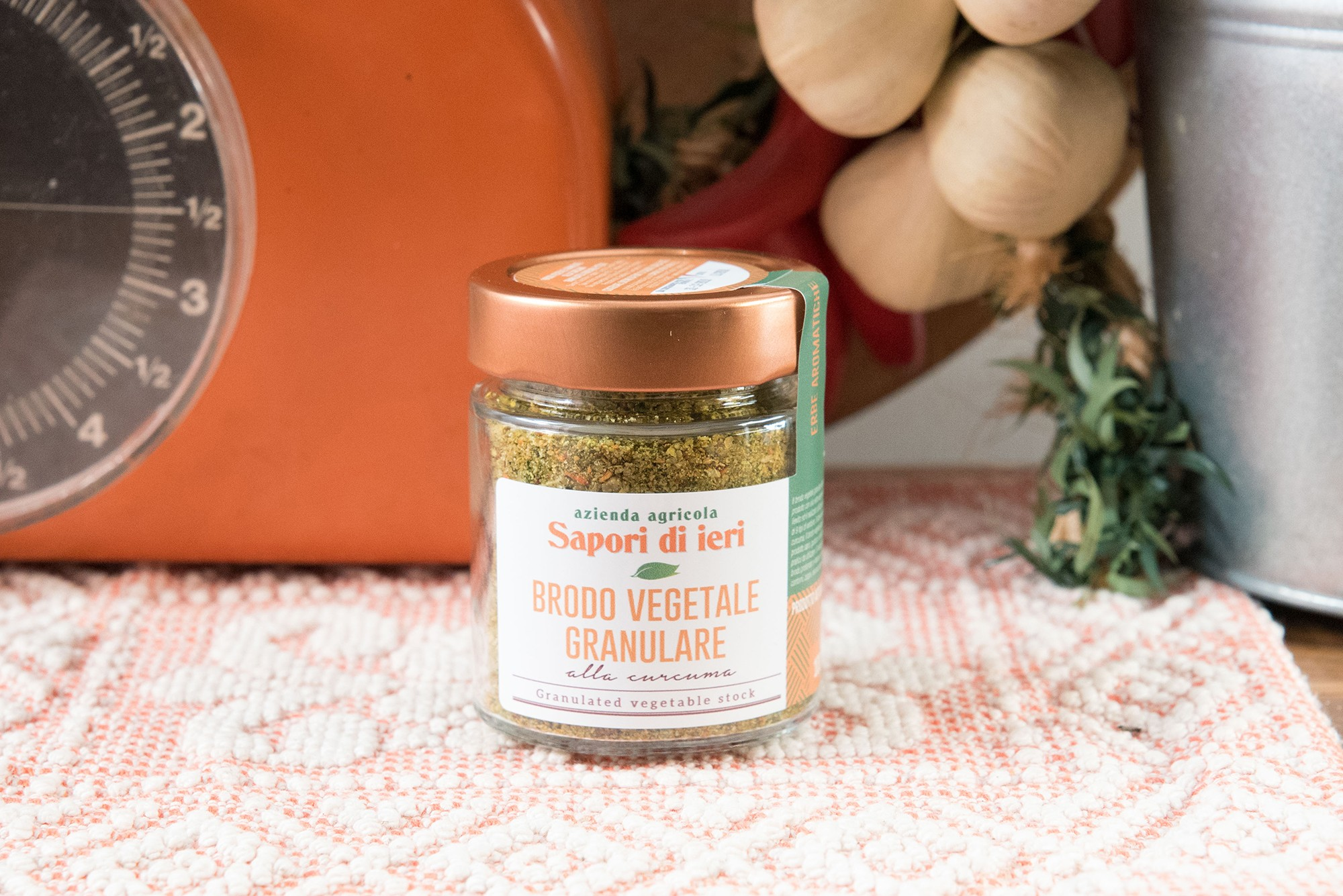 Brodo vegetale granulare alla curcuma da 100 gr - Sapori di Ieri