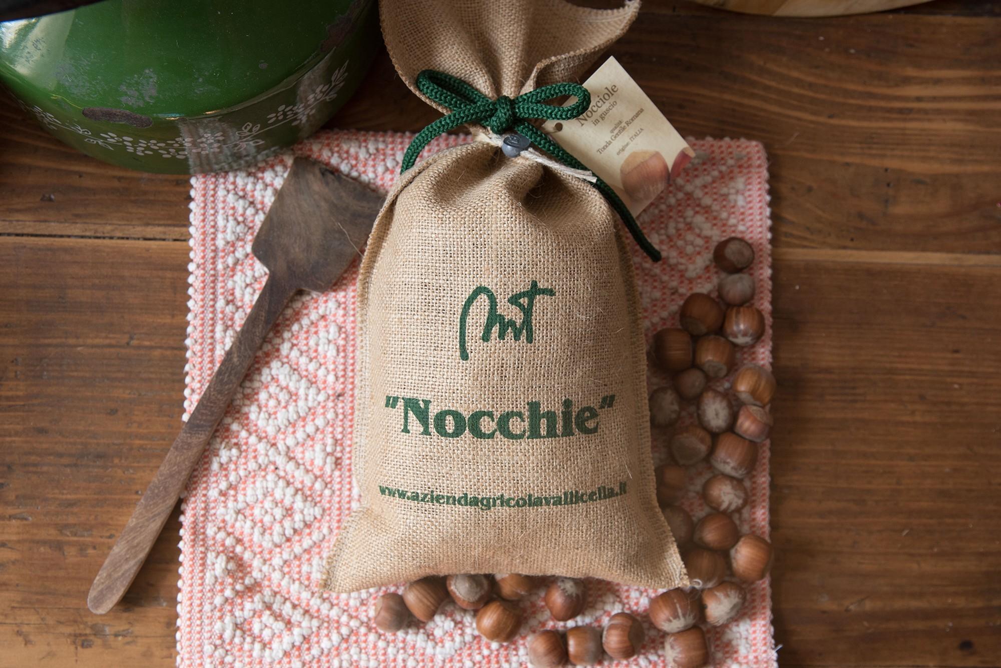 Nocciole con guscio - Azienda Agricola Vallicella