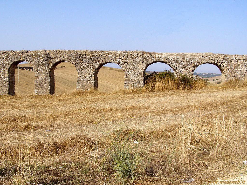 tarquinia acquedotto