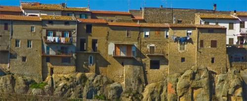 I Ruderi del Castello di Arlena di Castro