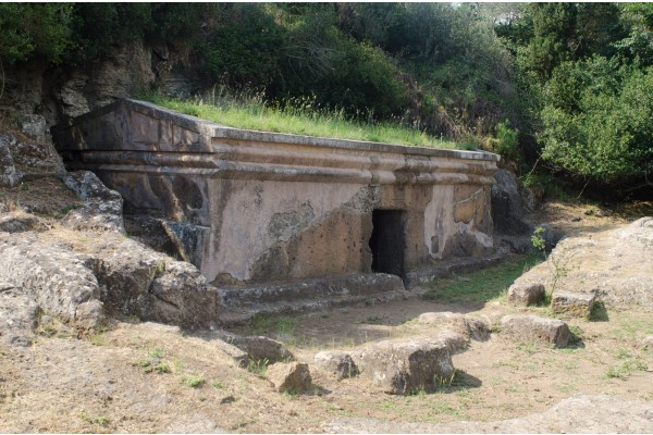 Le Necropoli di Tuscania