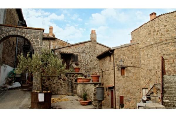 Il Borgo Sermugnano di Castiglione in Teverina