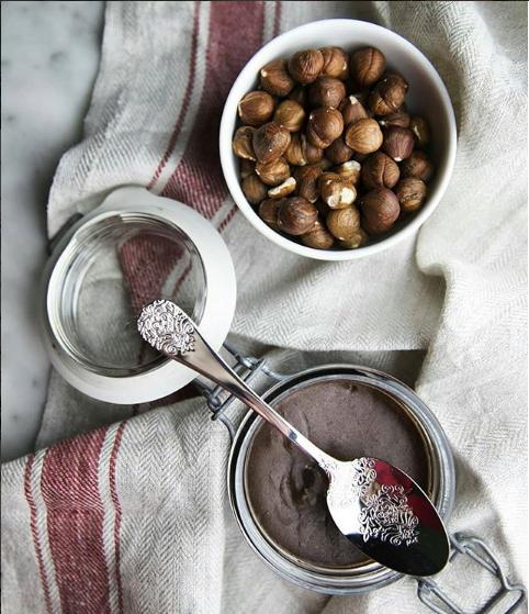 Ricetta Crema di Nocciole - Una golosa crema tutta della Tuscia