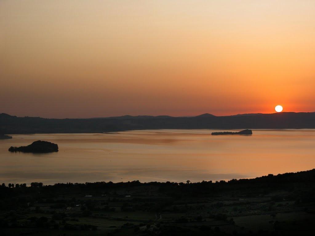 Alla scoperta del lago di Bolsena: i borghi da non perdere